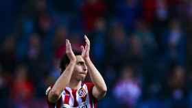 Tiago aplaude al Calderón.