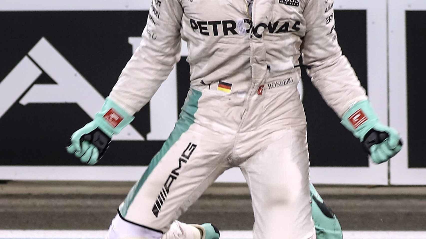 Nico Rosberg celebra su victoria en el Mundial.