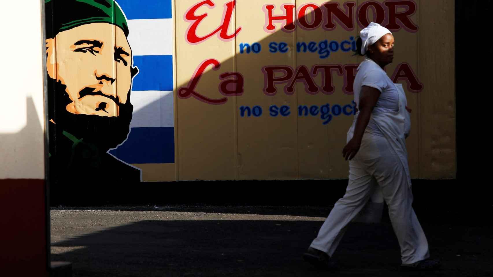 Un cartel de Fidel Castro.