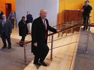 Trump dice que también ganó el voto popular si se deducen los votos ilegales