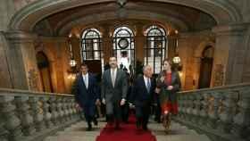 Los reyes junto al presidente luso y el alcalde de Oporto este martes