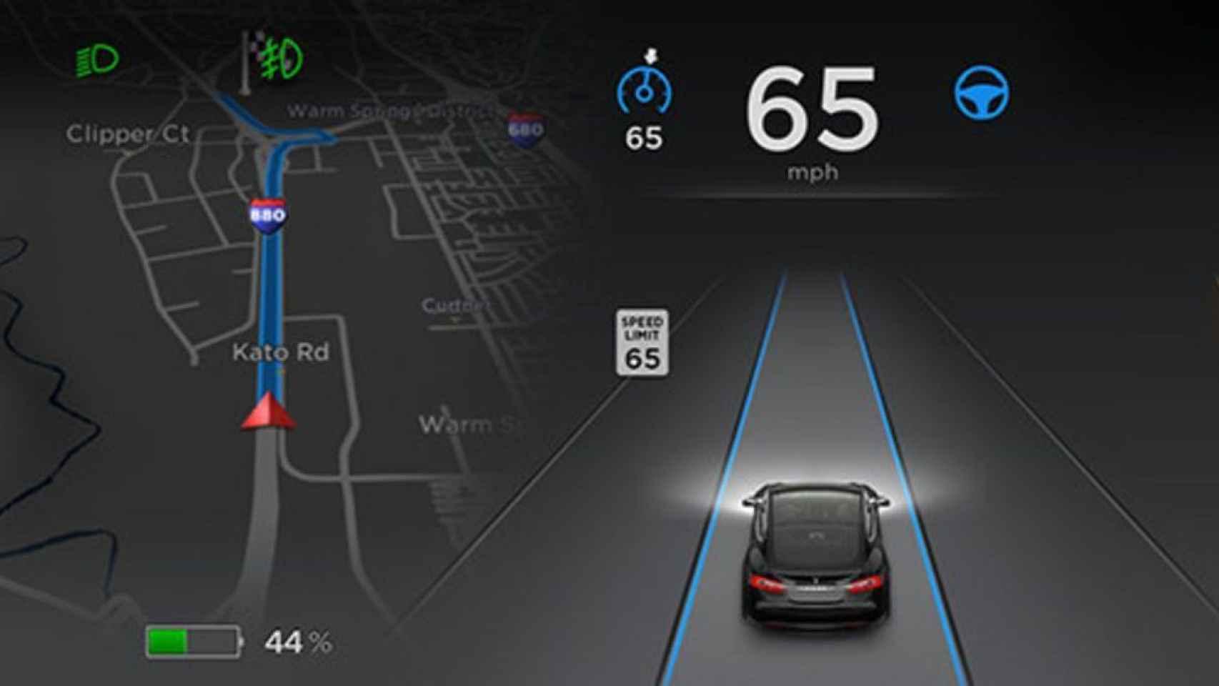 Tesla ofrece desde hace años coches con piloto automático.