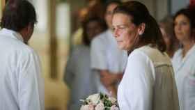 Estefanía de Mónaco en una visita oficial que realizó a un hospital hace unos meses.