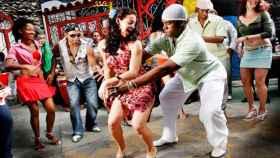 Un grupo de rumba cubana.