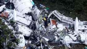 Restos del avión que transportaba al Chapecoense.