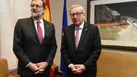 Juncker viaja a Madrid a leerle la cartilla a Rajoy por el déficit y el paro