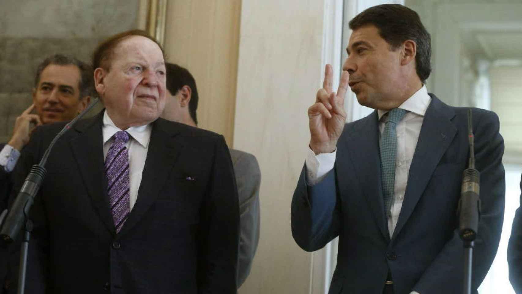 Sheldon Adelson junto al expresidente de la Comunidad de Madrid, Ignacio González.