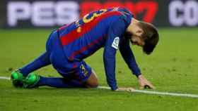 Gerard Piqué se lamenta en un partido de esta temporada.