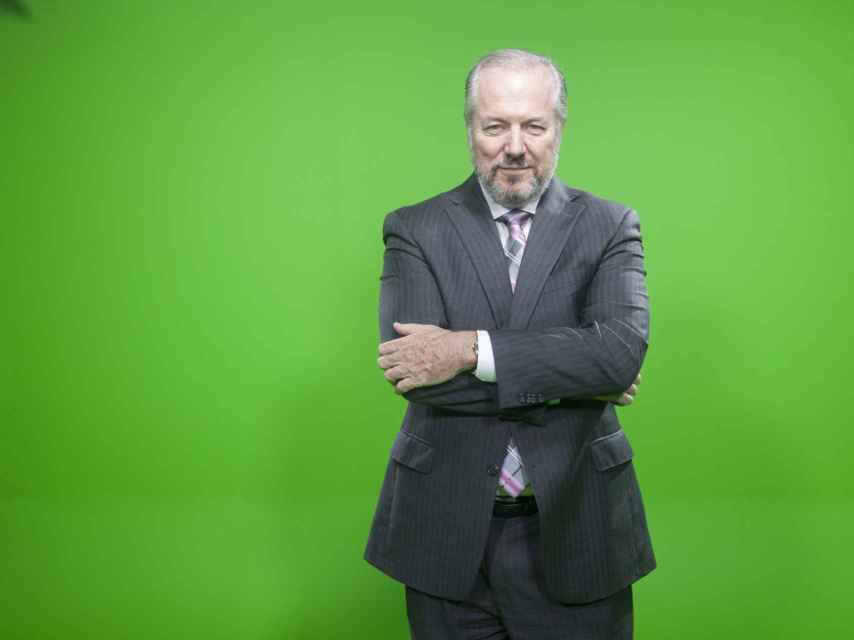 Vaughan, en el plató de televisión de su academia.