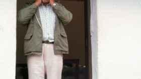 Un gomero practicando el silbo en 1991.