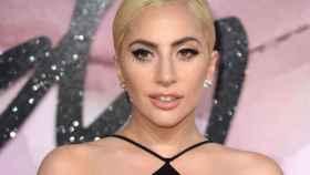 Lady Gaga abrió su corazón ante un grupo de jóvenes sin hogar.
