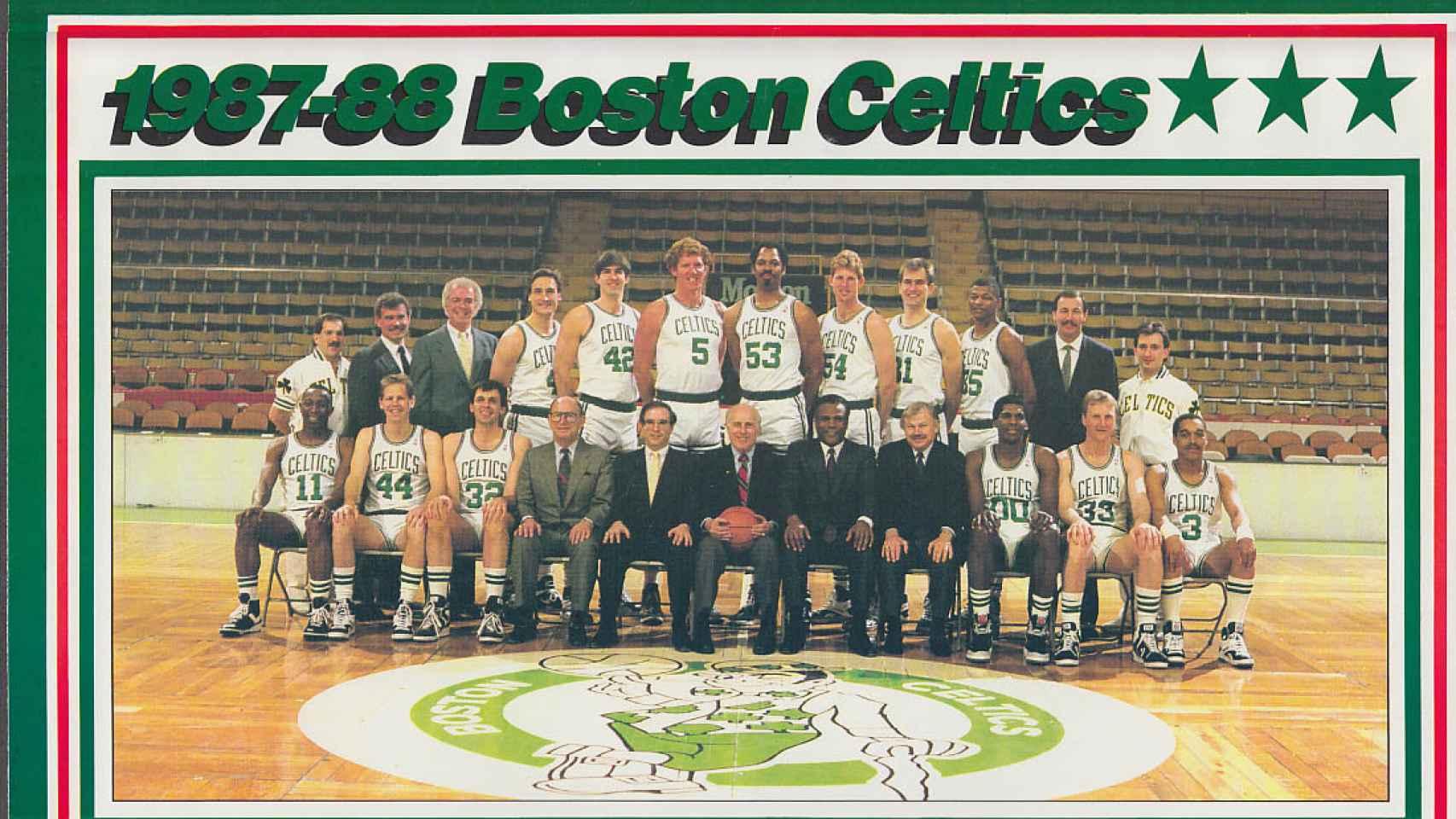 Plantilla de los Boston Celtics en la temporada 1987/1988.