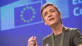Vestager avisa de que no dudará en imponer más multas a la banca por manipular los mercados