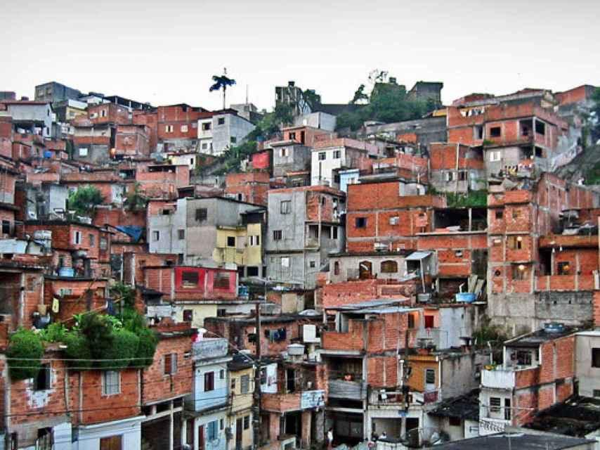 Una imagen del barrio conocido como Villas-Miseria, en donde viven más de 45.000 personas en condiciones de pobreza extrema.
