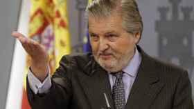 Íñigo Méndez de Vigo, tras el Consejo de Ministros.