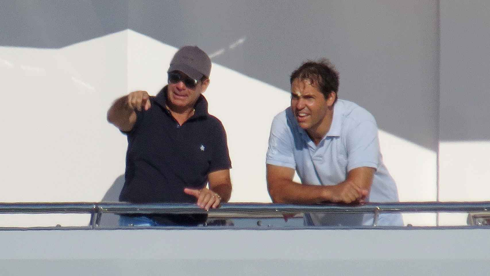 Víctor Vargas junto a Luis Alfonso de Borbón en Marbella en agosto de 2015.