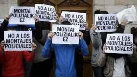 Los vecinos de Alsasua se manifiestan por las detenciones tras las agresiones.