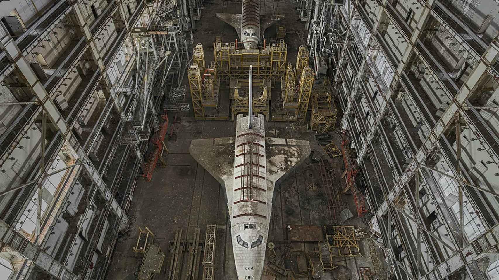 Dos prototipos del programa espacial soviético Buran