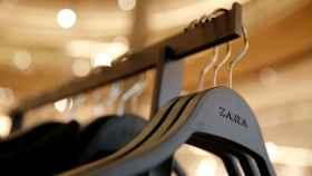 Interior de una tienda de Zara en Barcelona.