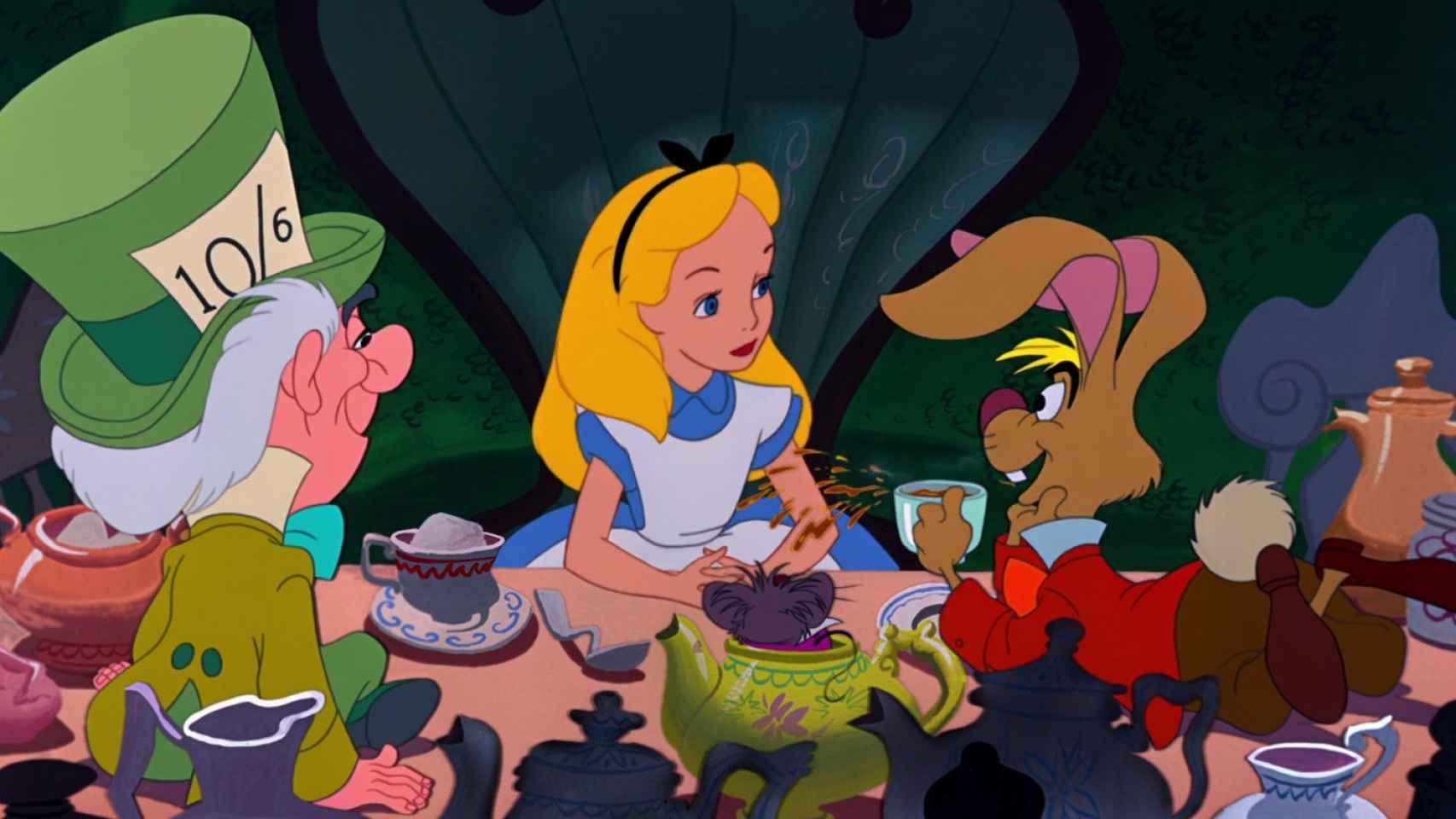 Alicia en el país de las maravillas, basada en la novela de Lewis Carroll.