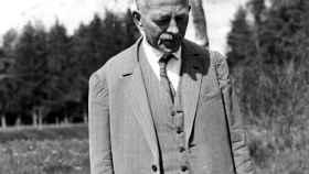 El escritor y poeta Robert Wasler.