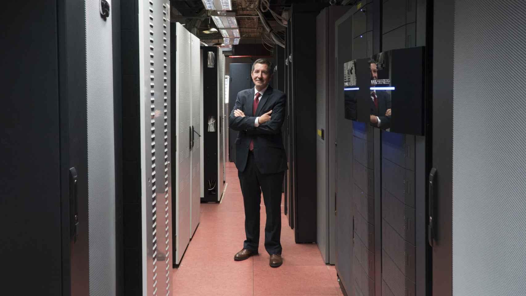 Cecilio Vázquez, director de Tecnología, en el Centro de Datos de Loterías.