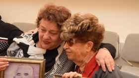 Fania Blakay y Henia Borenstein son dos de los cuatro primos reunificados en Israel.