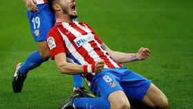 Saúl celebra el gol de la victoria.