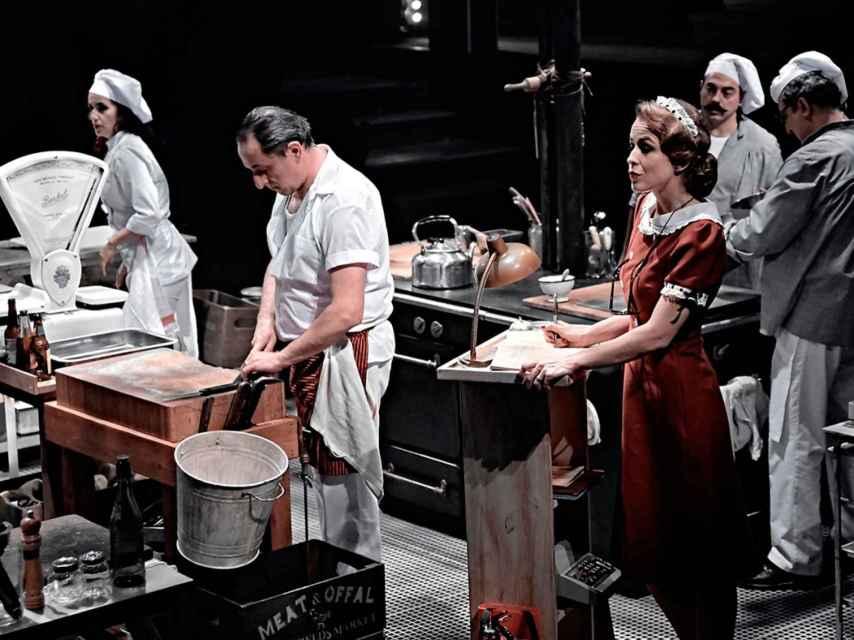Escena de la obra La cocina, de Sergio Peris-Mencheta.
