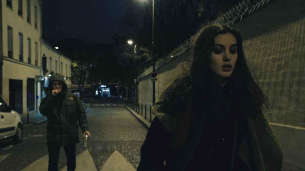 Secuencia del corto francés 'Au Bout de la Rue', sobre el miedo de las mujeres a volver solas a casa.