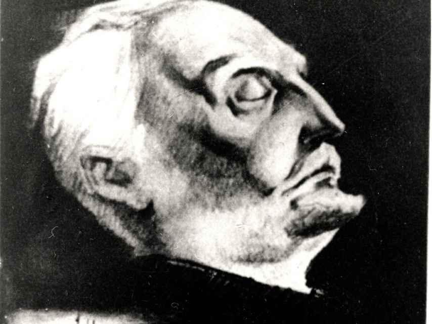 Retrato de Unamuno a partir de la máscara mortuoria.