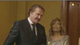 Edmundo y María Teresa Campos en una escena de la segunda temporada del reality