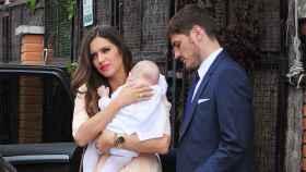 Sara Carbonero e Iker Casillas en el bautizo de su primer hijo Martín