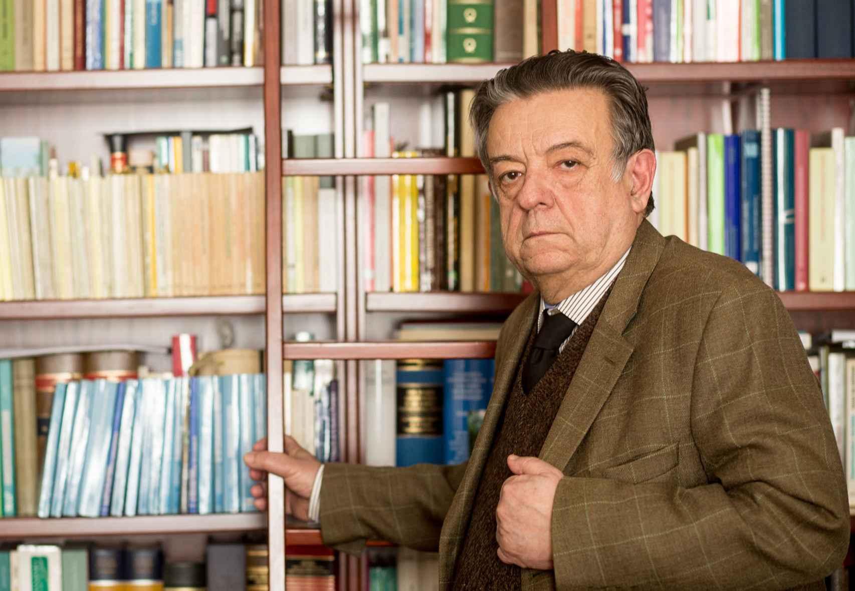 Herrero de Miñón en su despacho del Consejo de Estado.