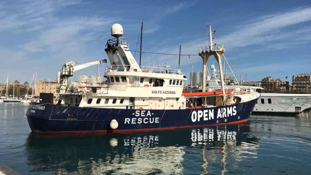 La ONG ha alquilado el Golfo Azzurro mientras su velero se repara.
