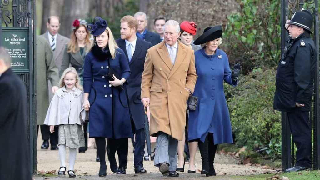 La Familia Real británica en el servicio de Navidad, sin la reina Isabel II.