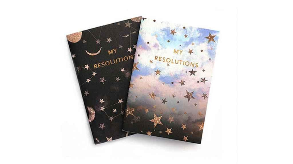 Magníficos cuadernos A6 de la diseñadora inglesa Nikki Strange, que nos llevan a soñar con las constelaciones.