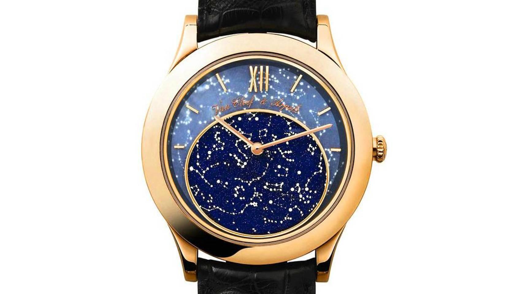 """El modelo """"Midnight in Paris""""  de la marca Van Cleef & Arpels recrea con precisión el aspecto del cielo estrellado en la capital francesa."""