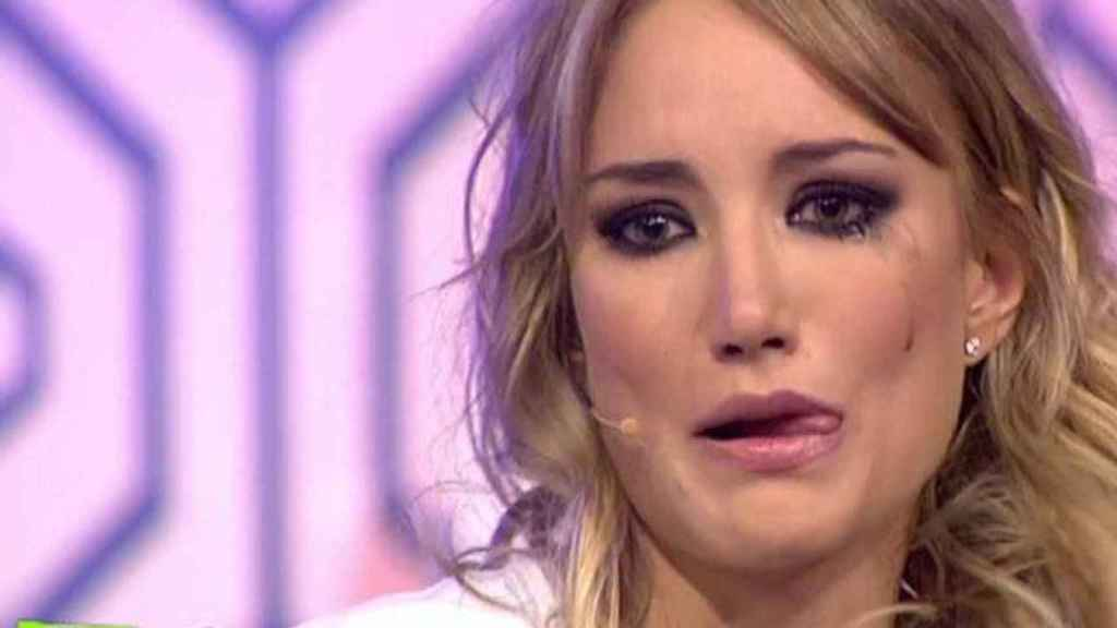 Alba en un momento del programa 'Hable con ellas' en el que se sinceró sobre su divorcio.