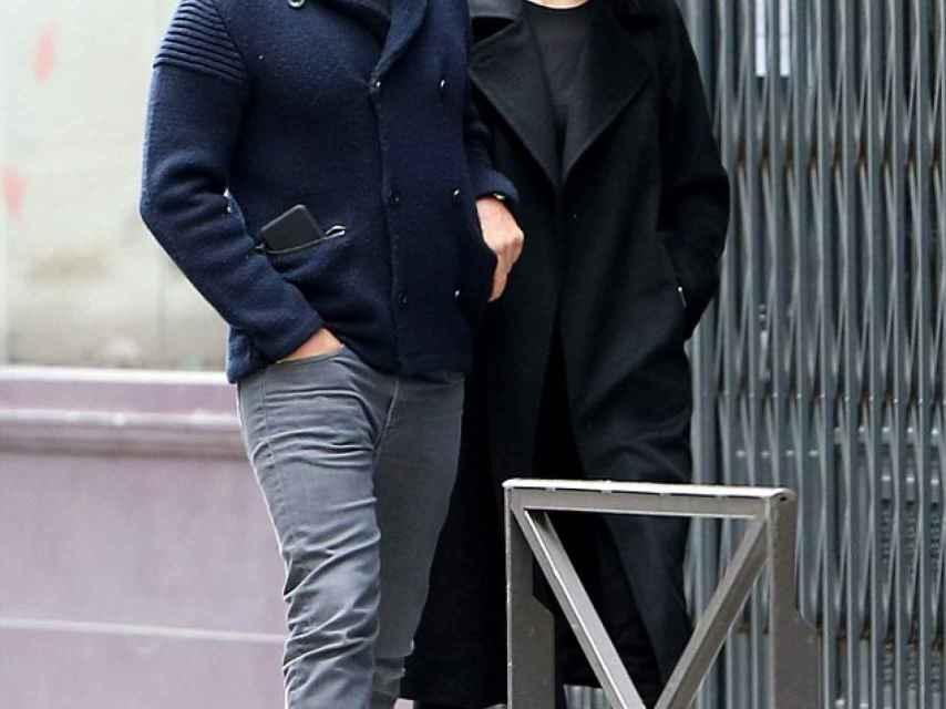 Bradley e Irina paseando por las calles de Los Ángeles estos días.