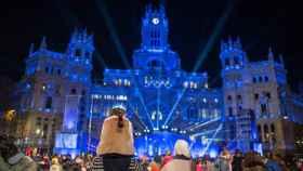 La cabalgata de Reyes, a la altura del ayuntamiento de Madrid.