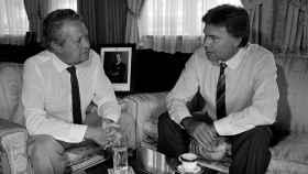 Soares, junto a Felipe González en una imagen de 1985.