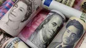 Billetes de distintas divisas.