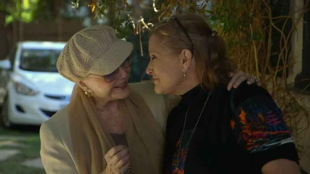 Carrie Fisher y Debbie Reynolds en una imagen del documental.