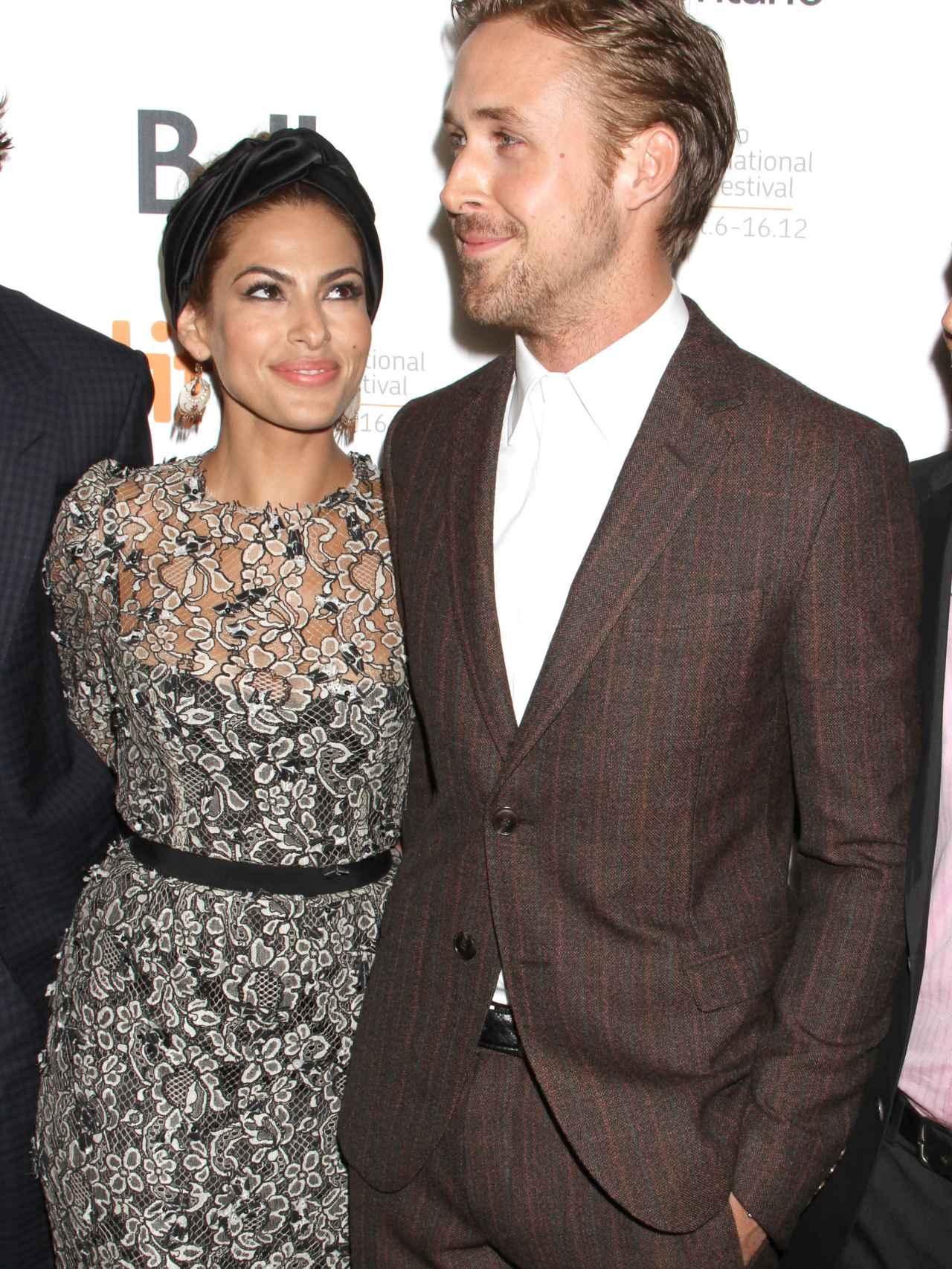Eva Mendes y Ryan Gosling durante el Festival de Toronto.