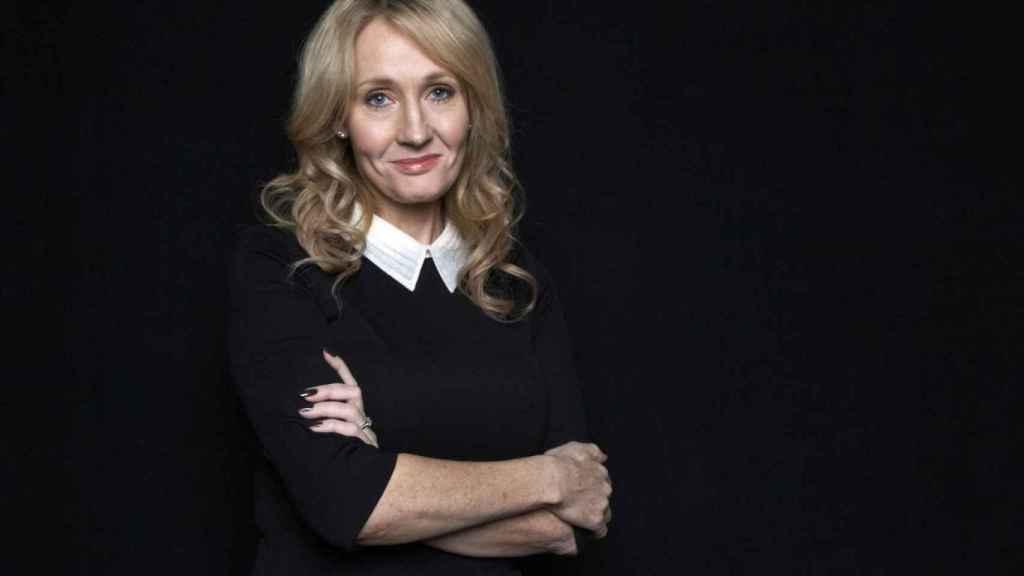 J. K. Rowling, la creadora de Harry Potter, acusada de tránsfoba.