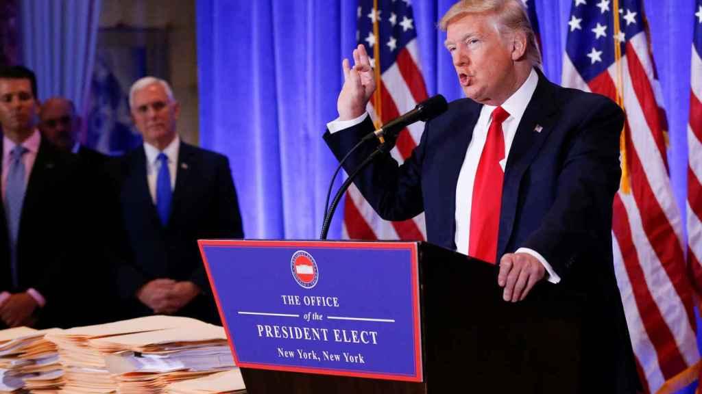 Trump durante su primera rueda de prensa.