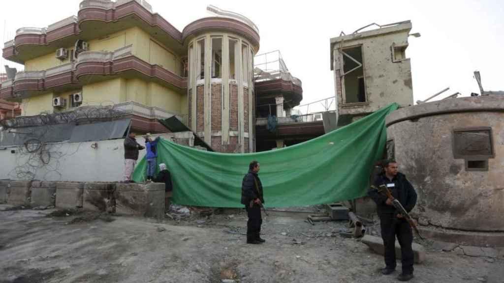 La embajada española en Kabul tras el atentado.