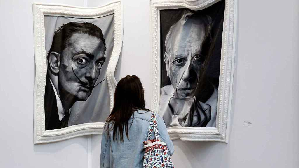 Retratos de Dalí y Picasso en el Grand Palais de Paris.