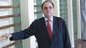 El decano abusó durante cuatro años de tres profesoras de su departamento.